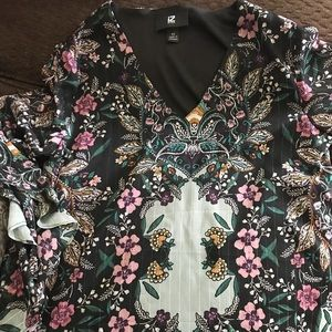 Floral blouse (brand new)